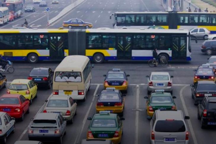 КНР: тем водителям, кто неездит наавтомобиле, будут платить деньги