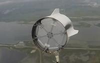 Space X показала політ аварійної капсули