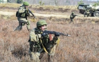Ситуация в АТО остается напряженной, боевики бьют из минометов