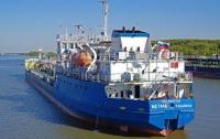 Суд арестовал танкер, который россияне пытались замаскировать