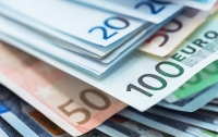 В Украину пытались незаконно ввезти крупную сумму в евро