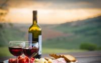 Российским чиновникам запретили пить качественное вино