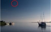В кадры фильма Discovery Channel внезапно попал НЛО