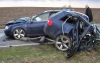 В автомобиле разбившегося брата нардепа найдено 6 млн гривен