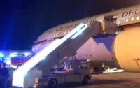 Прерванный полет: Самолет Меркель сломался во время полета