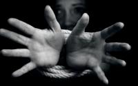Украинец и китаец продавали девушек в сексуальное рабство (видео)