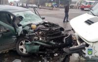 Очередное ДТП в Харькове: трое пострадавших
