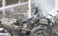 На юге Таиланда школьница и трое военных пострадали от взрыва бомб