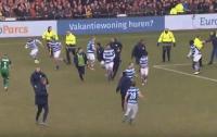 В Нидерландах болельщики избили футболистов (видео)
