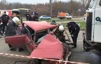 Жесткое ДТП в Полтаве: пострадавших доставали с помощью спецоборудования