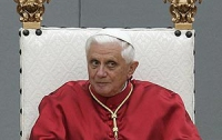 Папа Римский нарушил обет молчания после ареста своего дворецкого