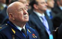 Умер известный космонавт, который побывал в открытом космосе