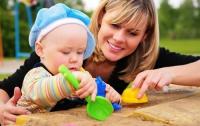За год мама отвечает на 105 120 вопросов ребенка, - исследование