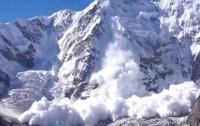 Спасатели предупредили о возможном схождении лавин