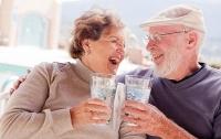 Ученые рассказали о пользе алкоголя для пожилых людей