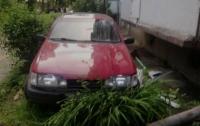 Пьяный водитель на автомобиле врезался в дом