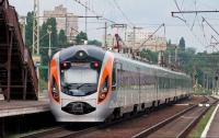 В Украине запустят дополнительные поезда на Троицу: список