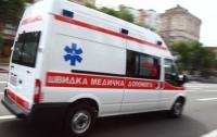 Кровавое ЧП в Киеве: женщина выпала из маршрутки