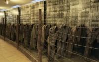 Школьники воровали экспонаты из музея в Освенциме