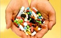 Депутаты хотят для украинцев оригинальных таблеток
