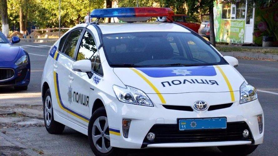 Под Запорожьем пьяный полицейский на авто сбил женщину