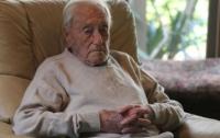 Старейший ученый из Австралии отправился в Швейцарию на эвтаназию