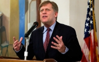 Макфол призвал к усилению санкций против России