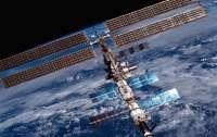 На МКС запланировали доставку специалбных накладок для временного устранения утечки воздуха