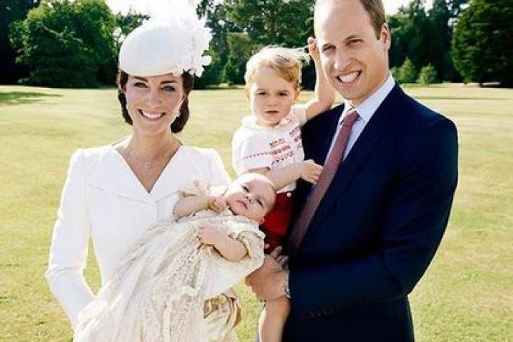 Герцог и герцогиня Кембриджские опубликовали фото принцессы Шарлотты