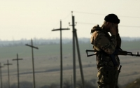 Украинские военные попали под огонь минометов и гранатометов боевиков