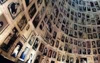 Израильский мемориальный комплекс признал, что ради Путина исказили и подкорректировали историю
