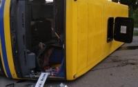 В Закарпатье в ДТП попал рейсовый автобус: много пострадавших