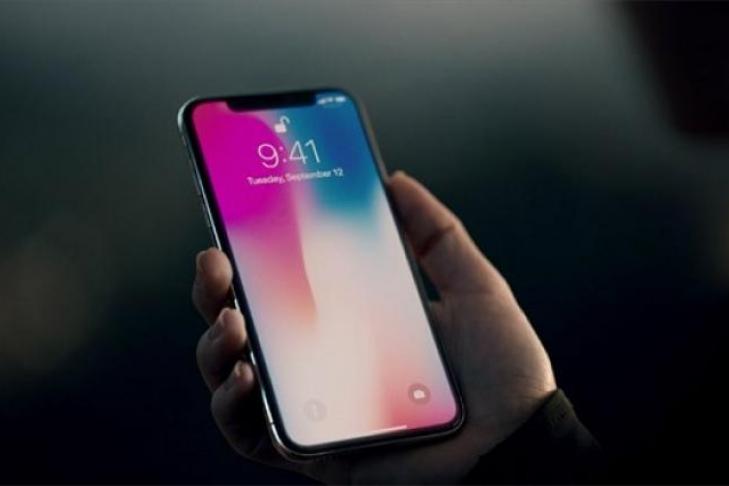 Дизайнер Apple поведал, как создавался 1-ый iPhone