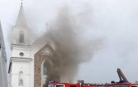 От удара молнии загорелся 150-летний костел