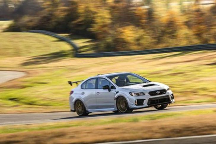 «Заряженный» седан Subaru сменил мотор и рынок - Колеса.ру