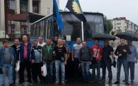 Пока Кабмин пытается купить американский уголь марки Г, западноукраинские шахтеры перекрывают трассы