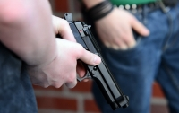 В Киеве валютные мошенники отстреливались убегая от полиции