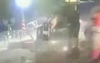 Водитель МАЗа успел спастись за секунду до столкновения с поездом (Видео)