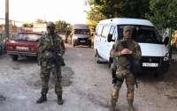 ФСБ проводит новые обыски в доме Кадырова