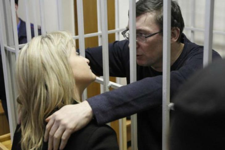 Украинцев нет среди пострадавших при взрыве в метро в Петербурге, - МИД - Цензор.НЕТ 115