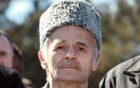 ФСБ следит за крымскими татарами в мечетях, - Джемилев