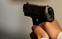 Мужчина прострелил одесситке руку из-за сумки с деньгами