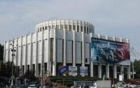 Президент пока не поставил в известность киевских чиновников о своих планах на новый офис