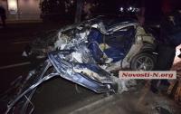Жуткая ночная авария в Николаеве: двое погибших, девушка в больнице