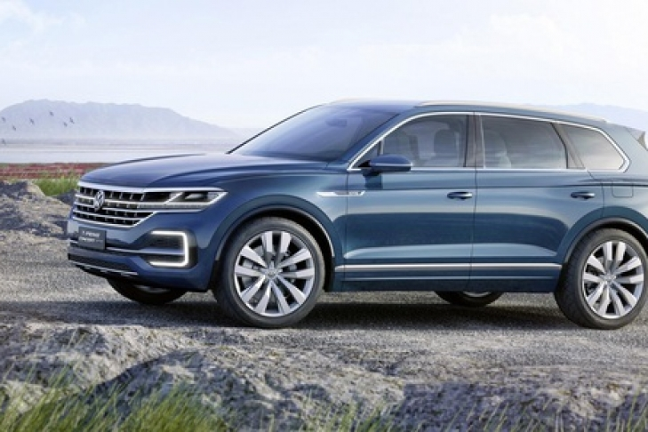 Новый внедорожник Volkswagen Touareg представят весной 2018 года