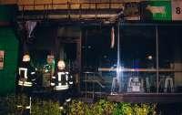 В Киеве подожгли несколько магазинов
