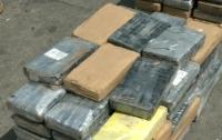 У побережья Мексики найдена лодка с 300 кг кокаина на борту