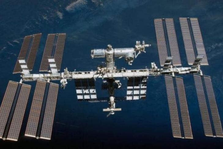 Русские космонавты впервый раз заполтора года побывали воткрытом космосе