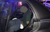 Мужчина открыл стрельбу и захватил заложников в США