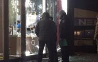 В Запорожье возле офисного здания прогремел взрыв